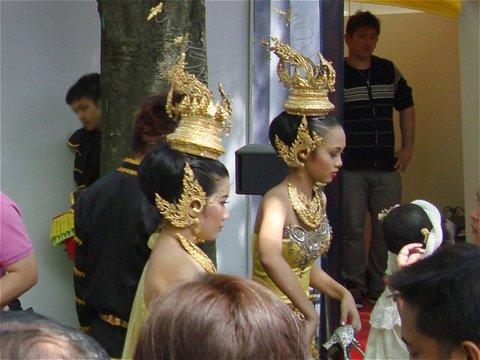 民族舞踊の衣裳